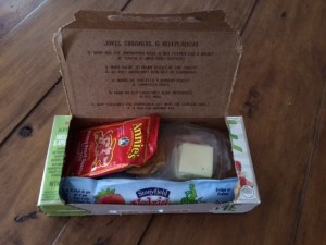 What's inside an Applegate Farms Halftime Lunch Kit?
