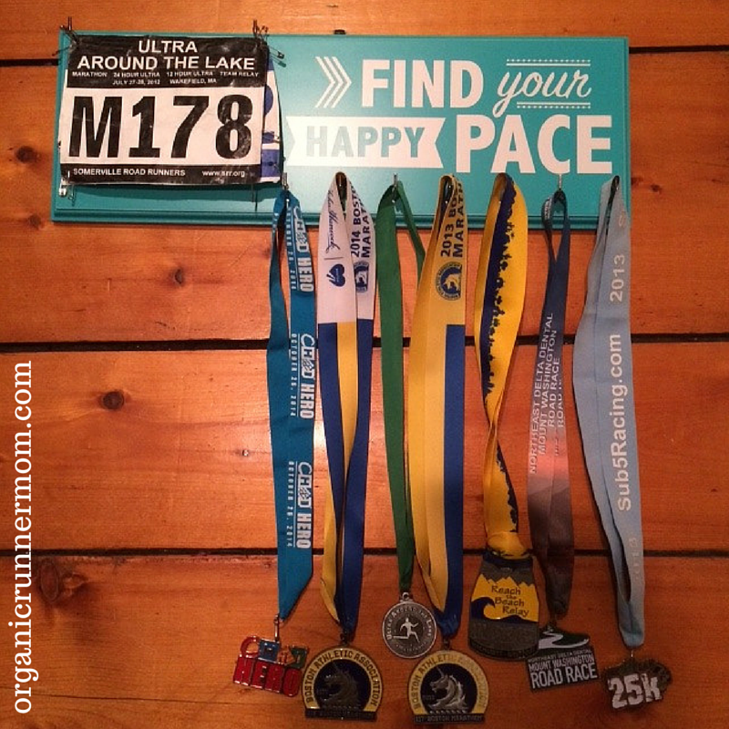 Find Your Happy Pace. Strut Your Stuff Sign Company Bib and Medal Holder | Organic Runner Mom