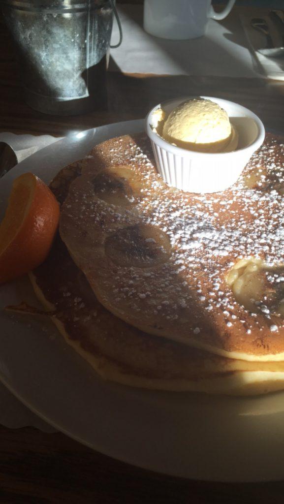Pre race breakfast. Huge banana pancakes? Yes, please!